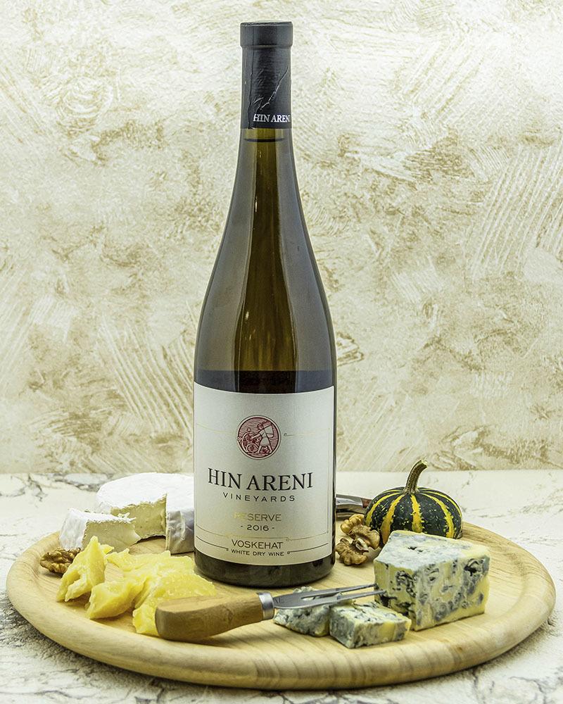 Вино Hin Areni Белое Сухое Резервное 2016 г.у. 13,5% 0,75 л.