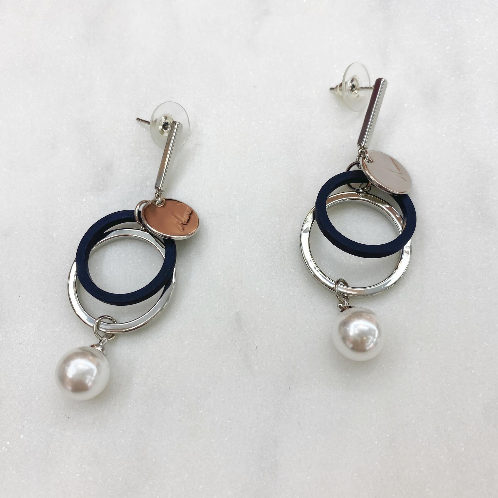 Серьги-подвески MIX Нюанс Двойные Кольца жемчуг серебряный ш925