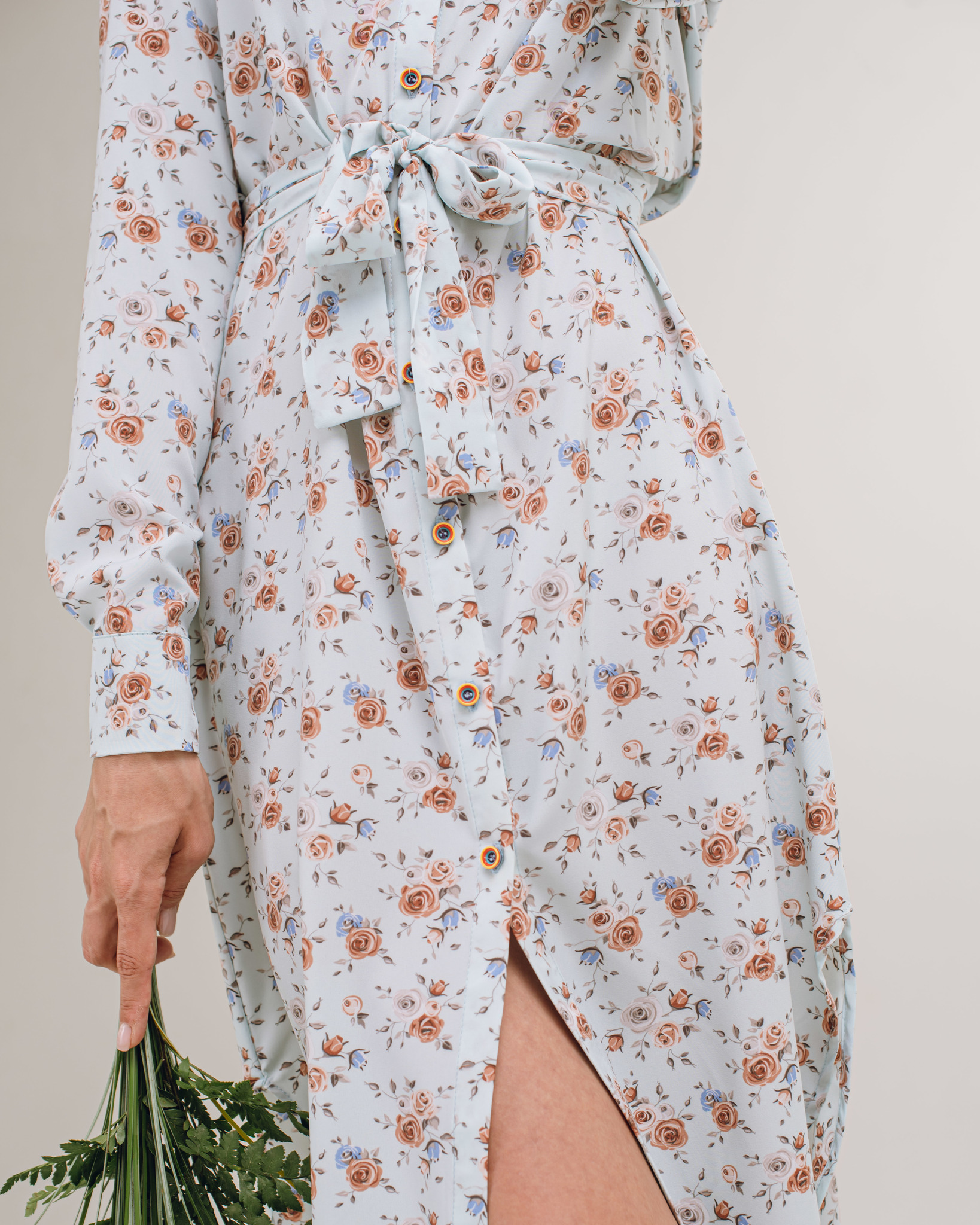 Платье-рубашка голубая в цветок