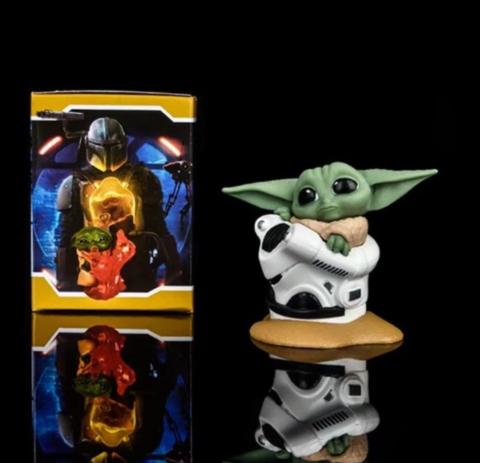 Фигурка Star Wars: The Mandalorian - Baby Yoda with Helmet