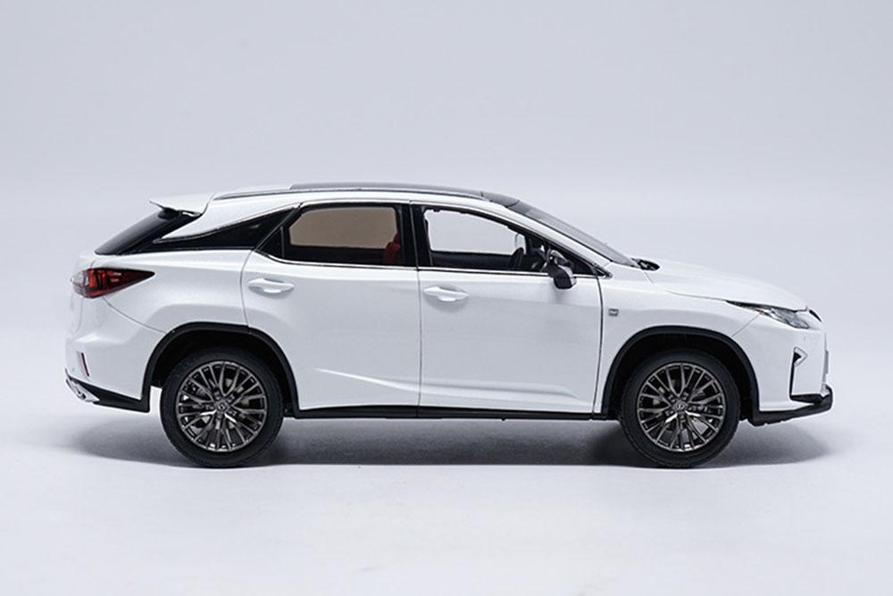 Коллекционная модель LEXUS RX200T 2018 WHITE
