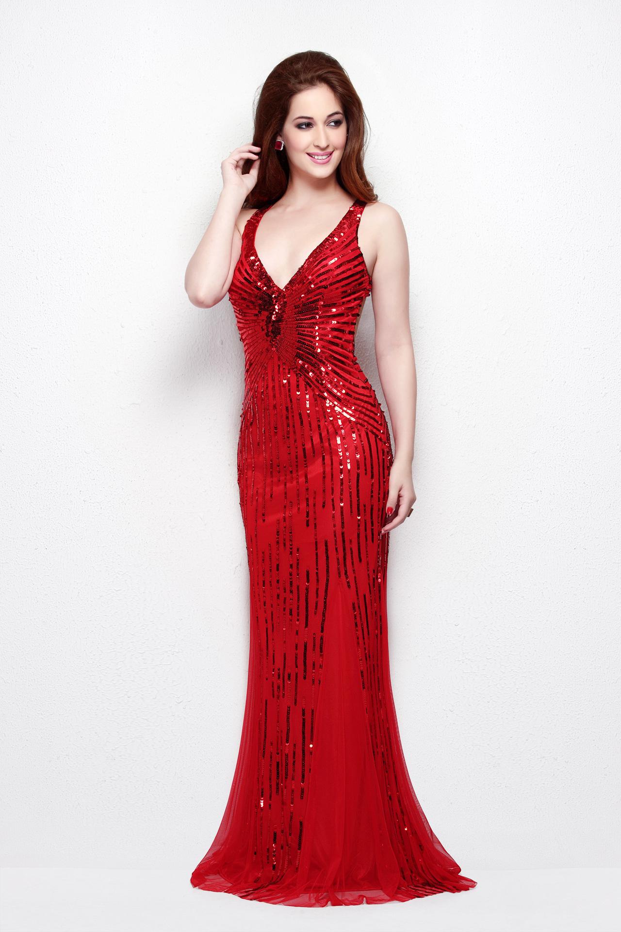 Noa 19511 Красное длинное платье в пол с вырезом