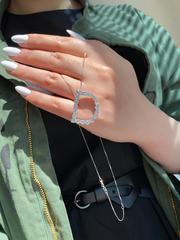 31678- Подвеска из серебра с ослепительными цирконами буква D