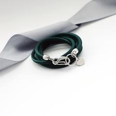 Шелковый браслет изумрудного цвета  оптом и в розницу