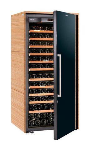 Винный шкаф EuroCave S Collection M светлое дерево, сплошная дверь, максимальная комплектация