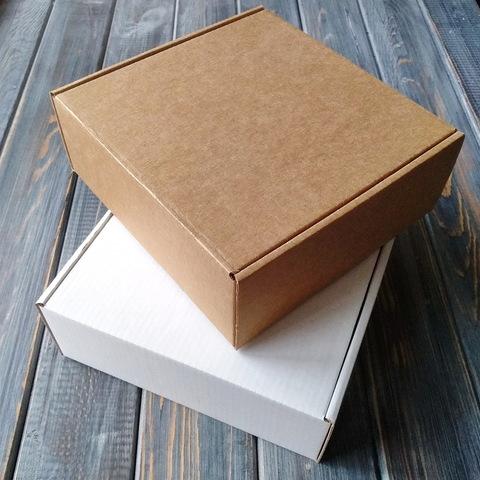 Коробка мгк С УШКАМИ (160*160*60мм)