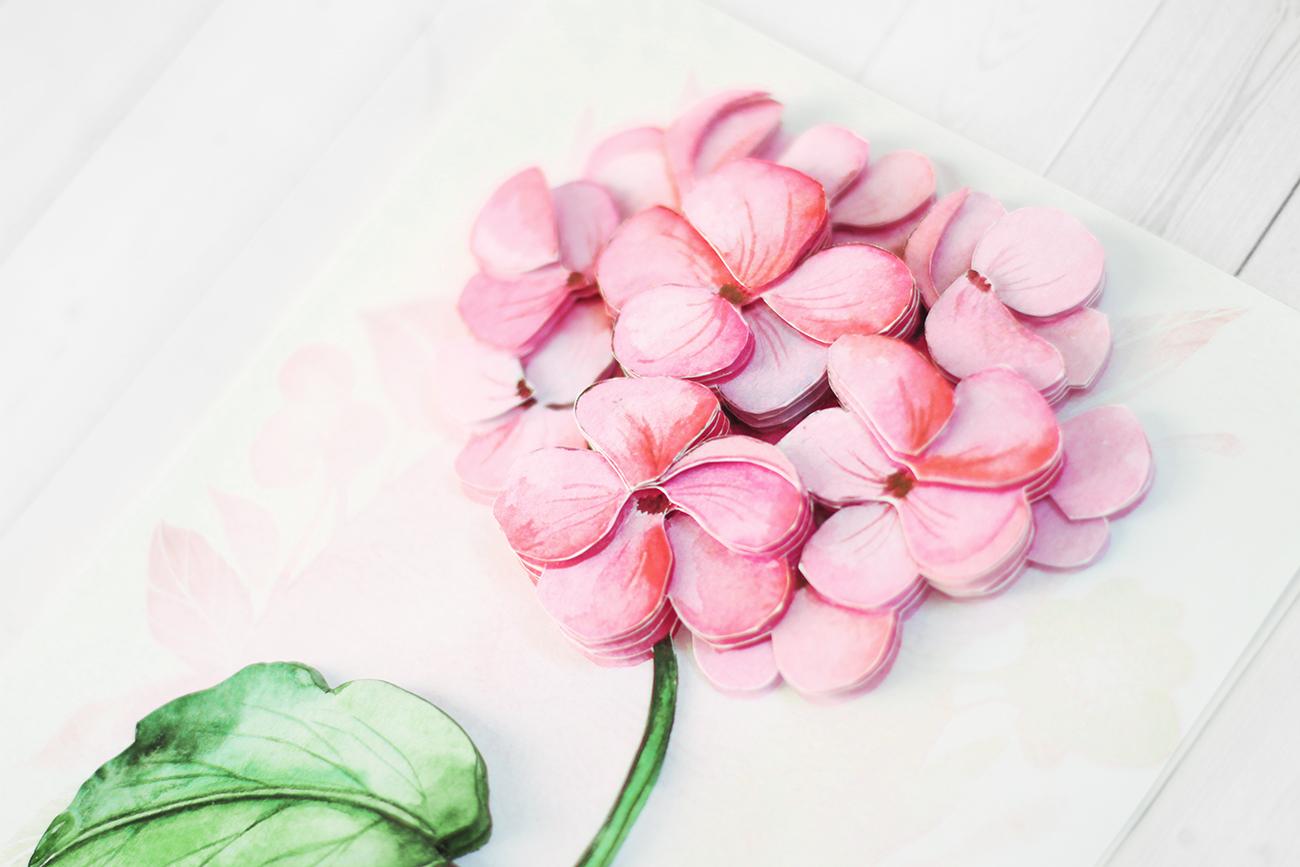 Розовая гортензия - готовая работа, вид сбоку