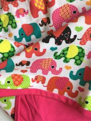 Детская шапочка бини с принтом веселые слоники