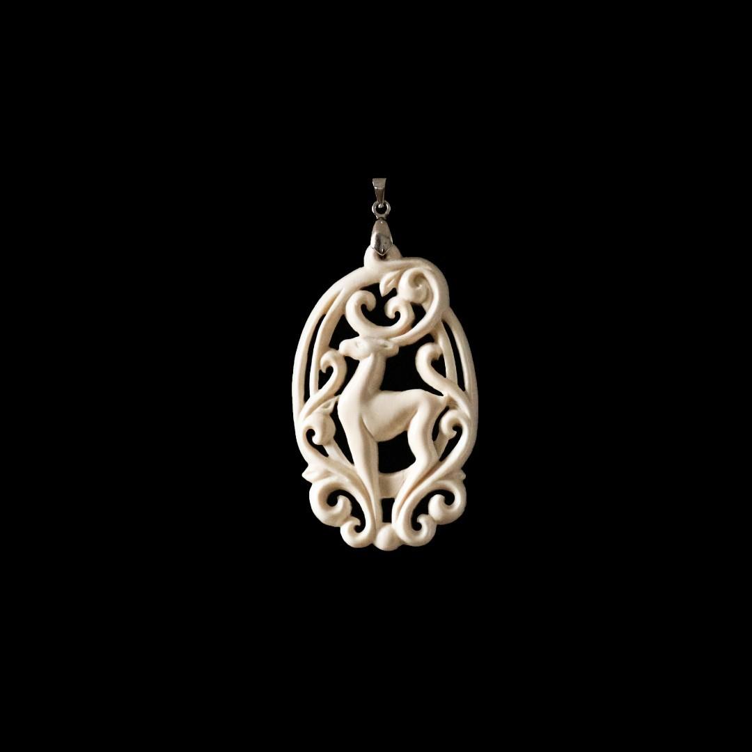 Кулон из бивня мамонта «Олень»
