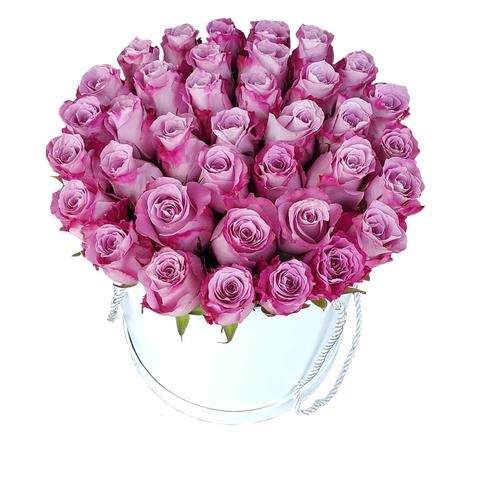 Коробка с сиреневыми розами