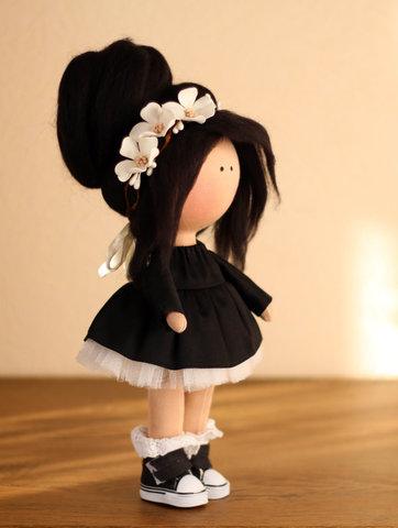 Лялька Одрі. Колекція La Petite.