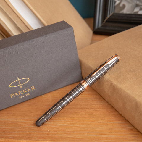 Перьевая ручка Parker Sonnet Chiselled Brown PGT123