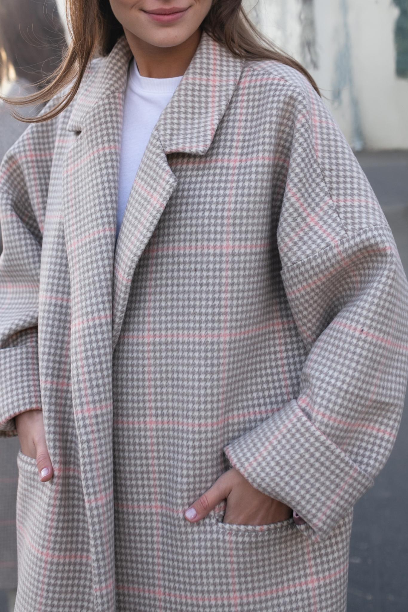 Пальто-халат в розовую клетку
