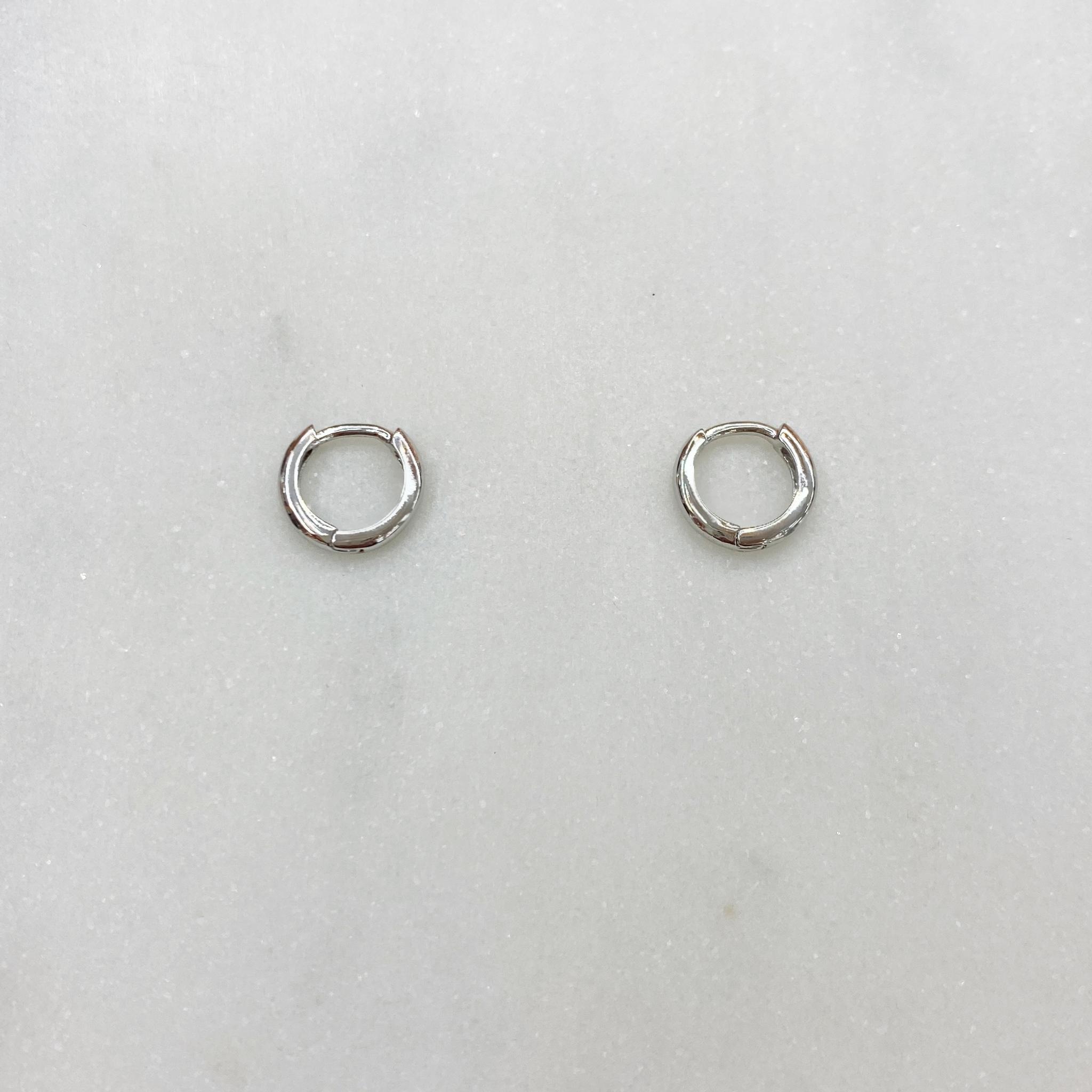 Серьги-конго круглые 1 см (серебристый)