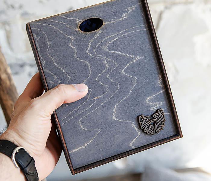 BOX231-1 Деревянная фирменная коробка формата А6 (19*15*6 см) фото 05