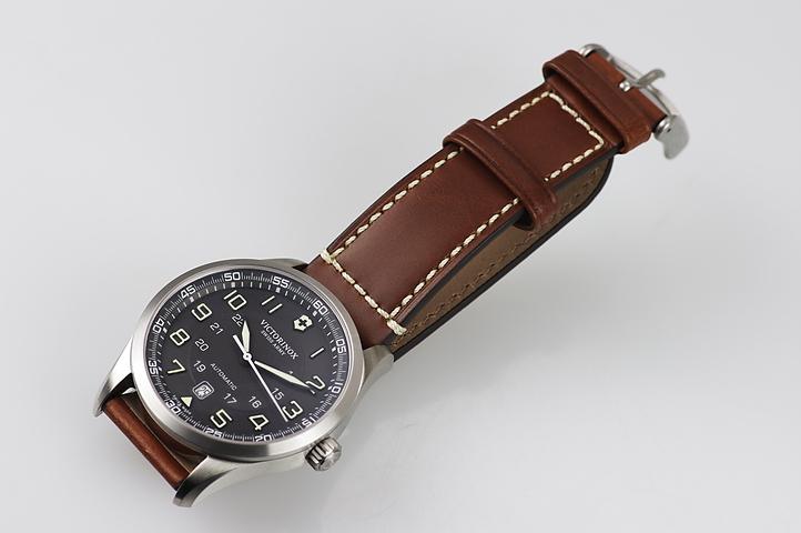 Часы Victorinox (241507)