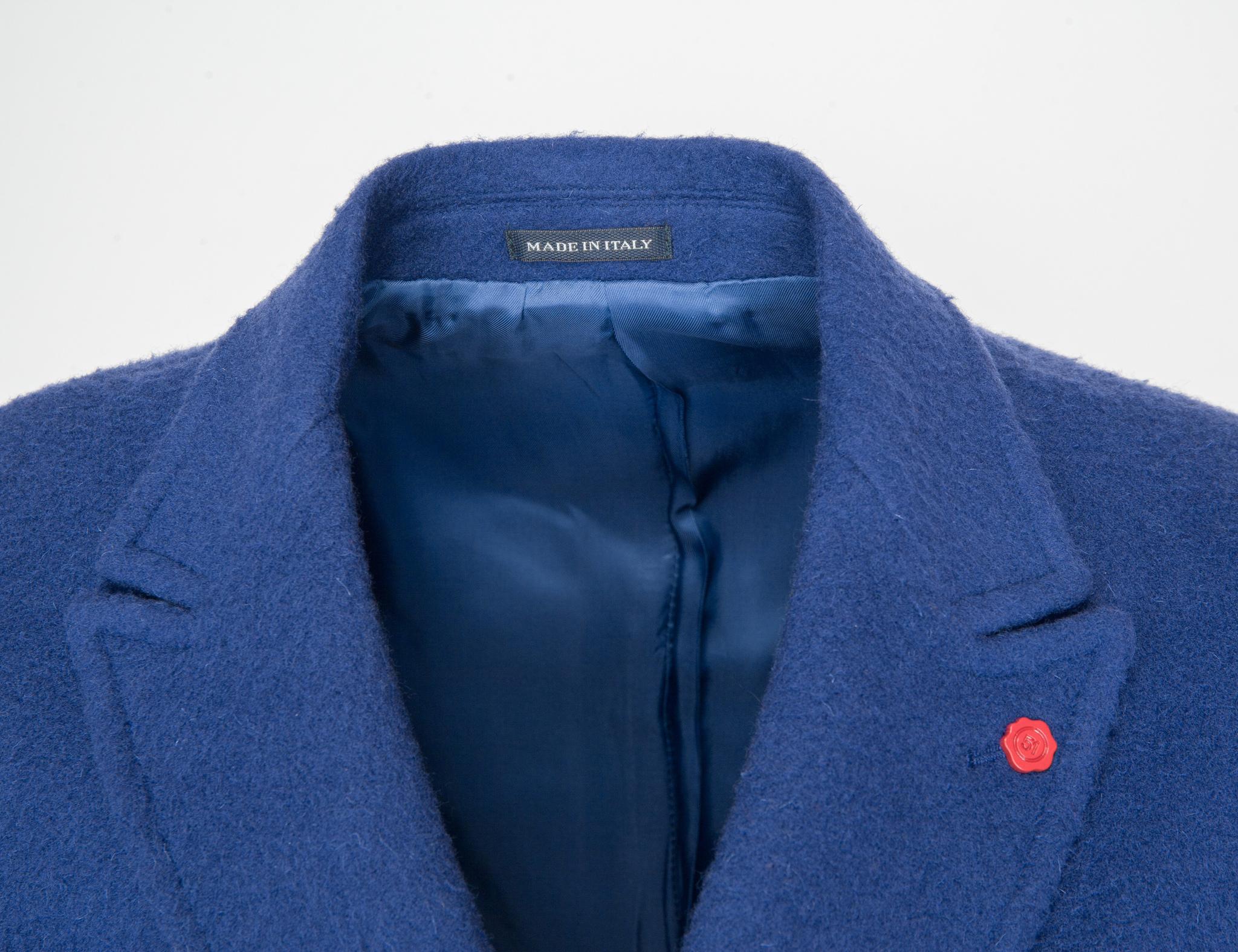 Двубортное синее шерстяное пальто узкого кроя, воротник