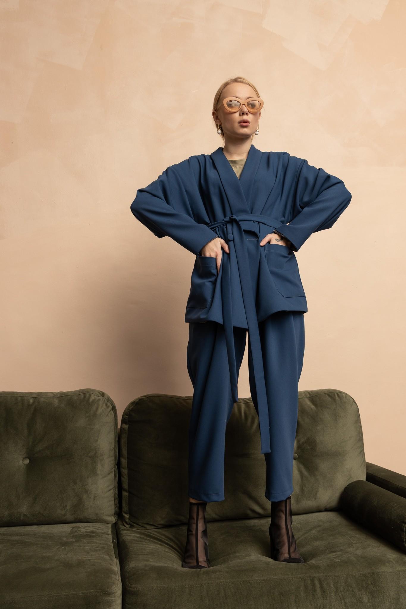 Жакет кимоно двубортный синий