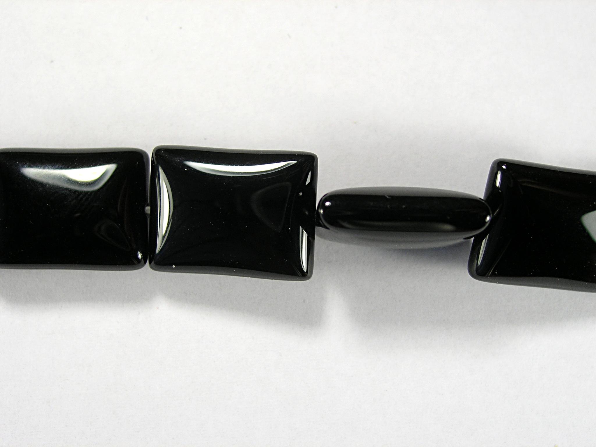 Бусина из агата черного, фигурная, 13x18 мм (прямоугольник, гладкая)