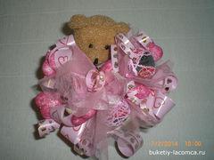 Мишка с конфетами