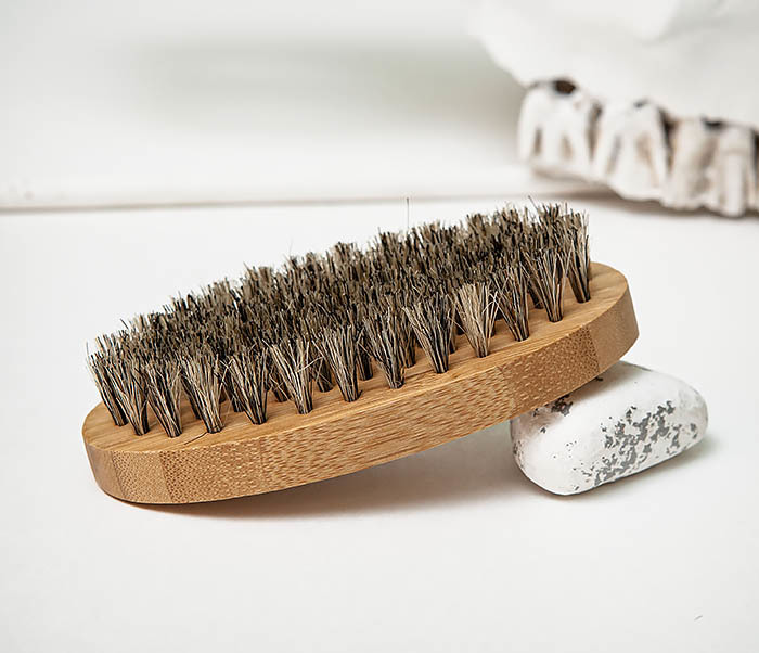 RAZ496 Деревянная щетка для бороды «Kurt» (размер L) фото 03