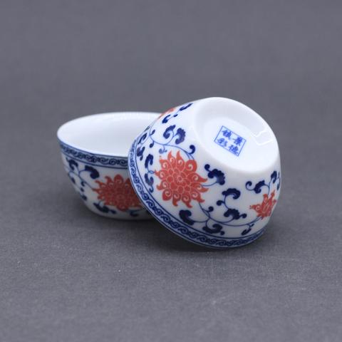 Чашка с синими цветком внутри, фарфор, 45мл.