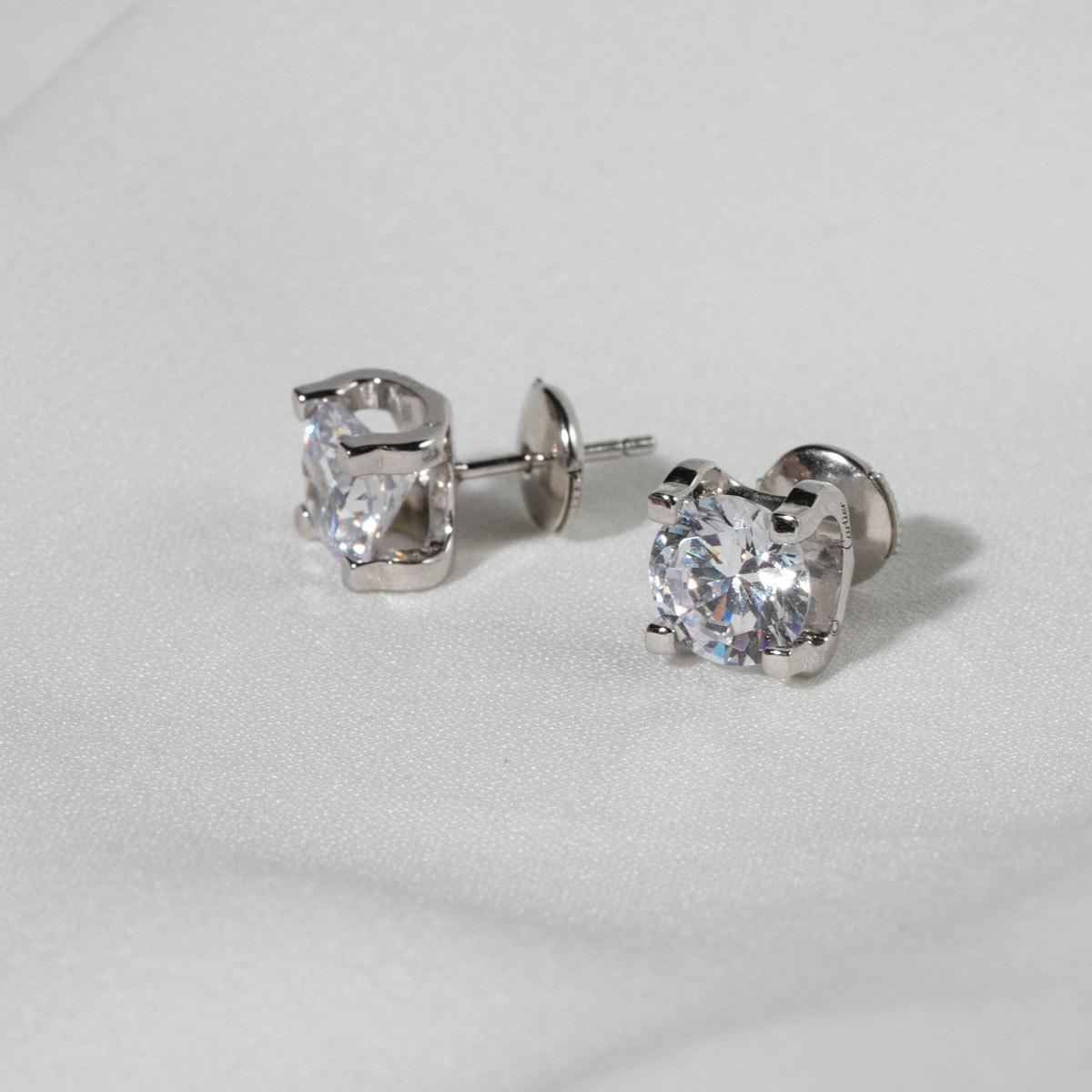Серьги-пусеты с круглым цирконом в крапанах на винтах 8 мм (серебро 925)