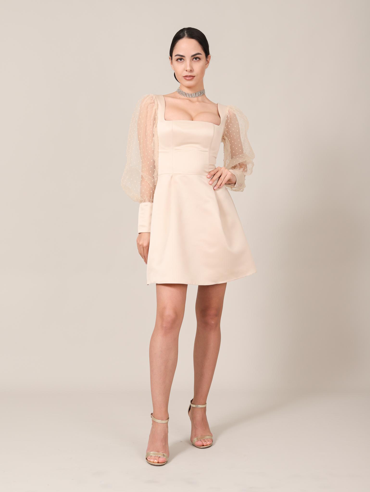 Свадебное платье / Вечернее платье с квадратным вырезом и длинными рукавами из фатина мини (бежевый)
