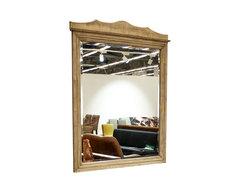 Зеркало в раме из массива сосны