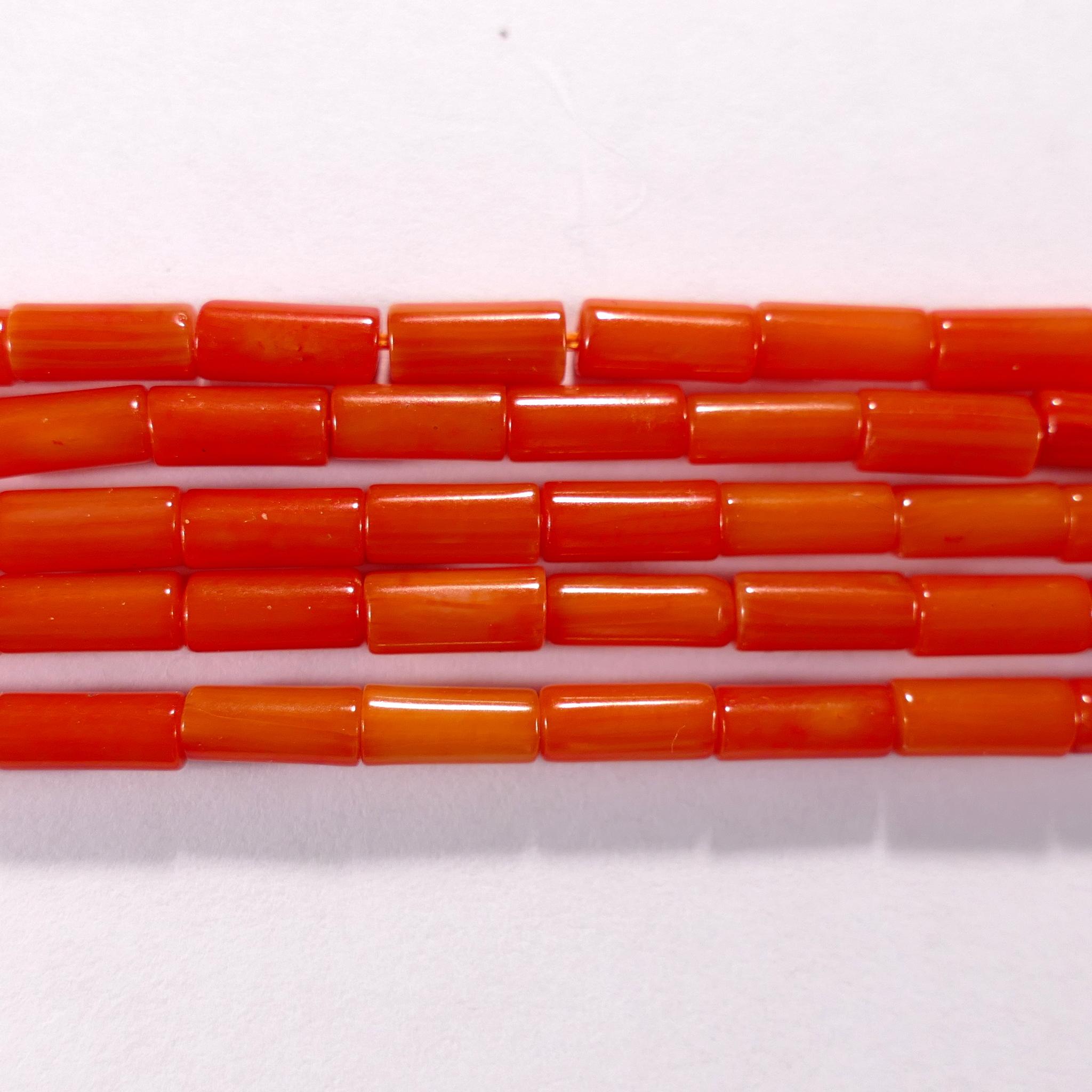 Нить бусин из коралла оранжевого, облагороженного, фигурные, 3x8 мм (цилиндр, гладкая)