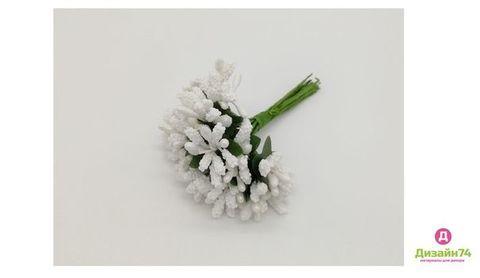 Букетики тычинок, цвет Белый