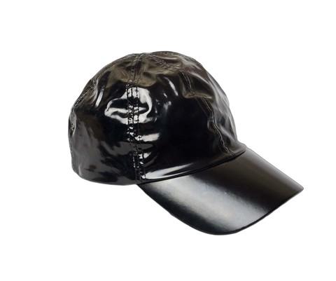 Бейсболка черная ткань лаке с подкладом