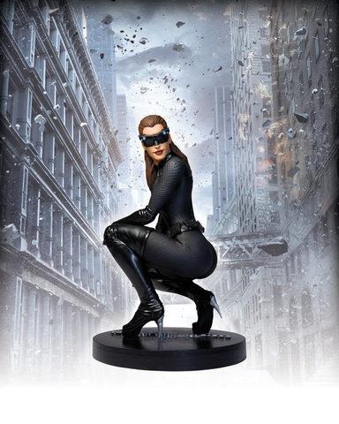 Dark Knight Rises - Catwoman Icon 1/6 Scale Statue