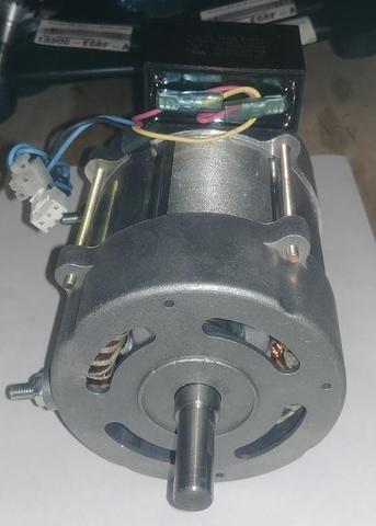 Двигатель эл. переменного тока QUATTRO ELEMENTI QE-120D (TK8-010-025)