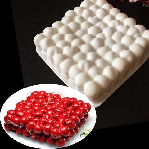 Силиконовая форма для выпечки Вишенки-торт (18х18см)