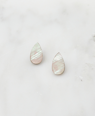 Серьги Raindrop Studs Mother of Pearl