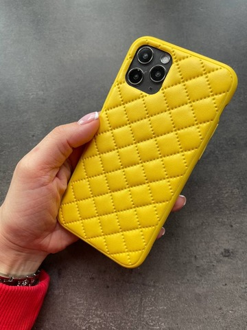 Чехол iPhone XR Quilted Leather case /yellow/
