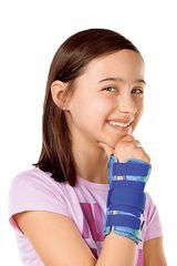 Шина для запястья со стабилизирующей вставкой детская medi Manumed D kidz