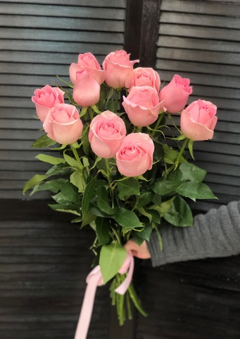 11 эквадорских роз 80 см #14561
