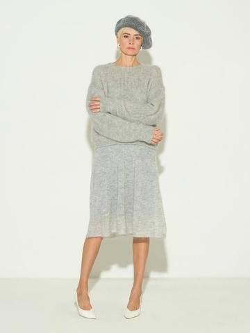 Женский джемпер серого цвета из мохера и шерсти - фото 3