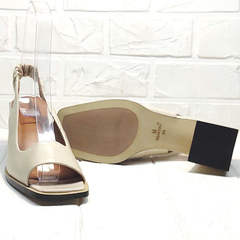 Модные женские босоножки на устойчивом каблуке Brocoli H150-9137-2234 Cream.