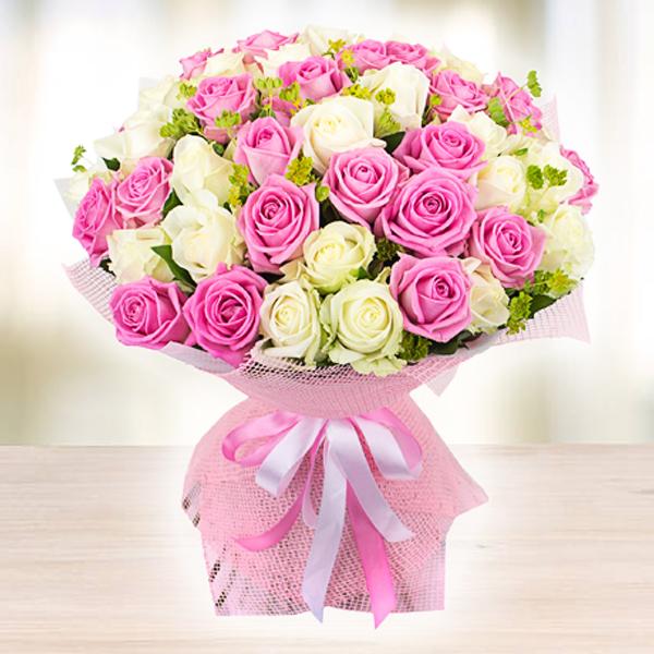Купить шикарный нежный букет 51 роза в Перми