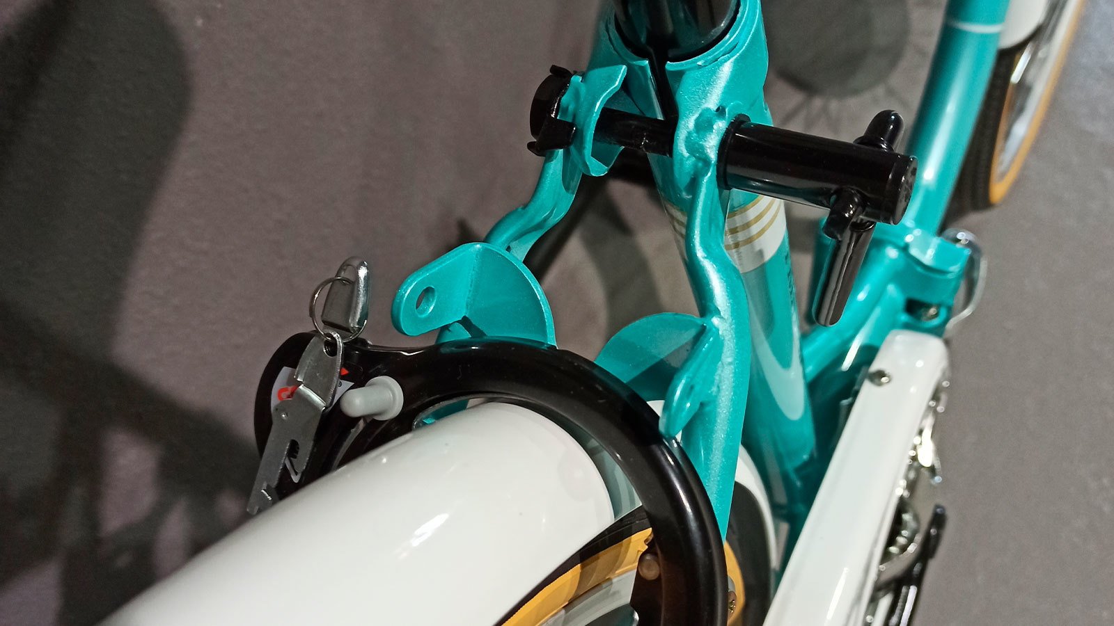 крыло заднего колеса японского велосипеда