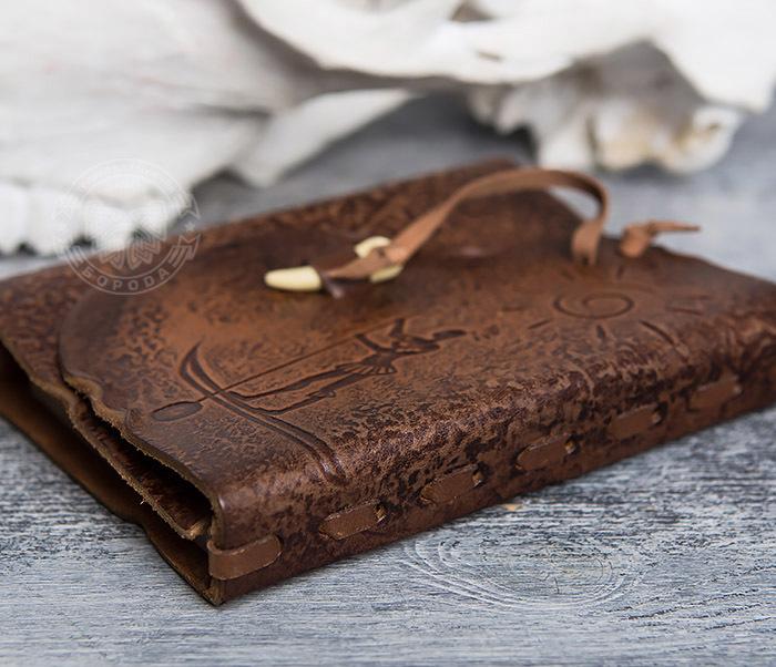 BY01-04-05 Кожаный блокнот  ручной работы «Цель Близка» с клыком (А6) фото 03
