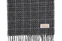 Шерстяной шарф темный 30401