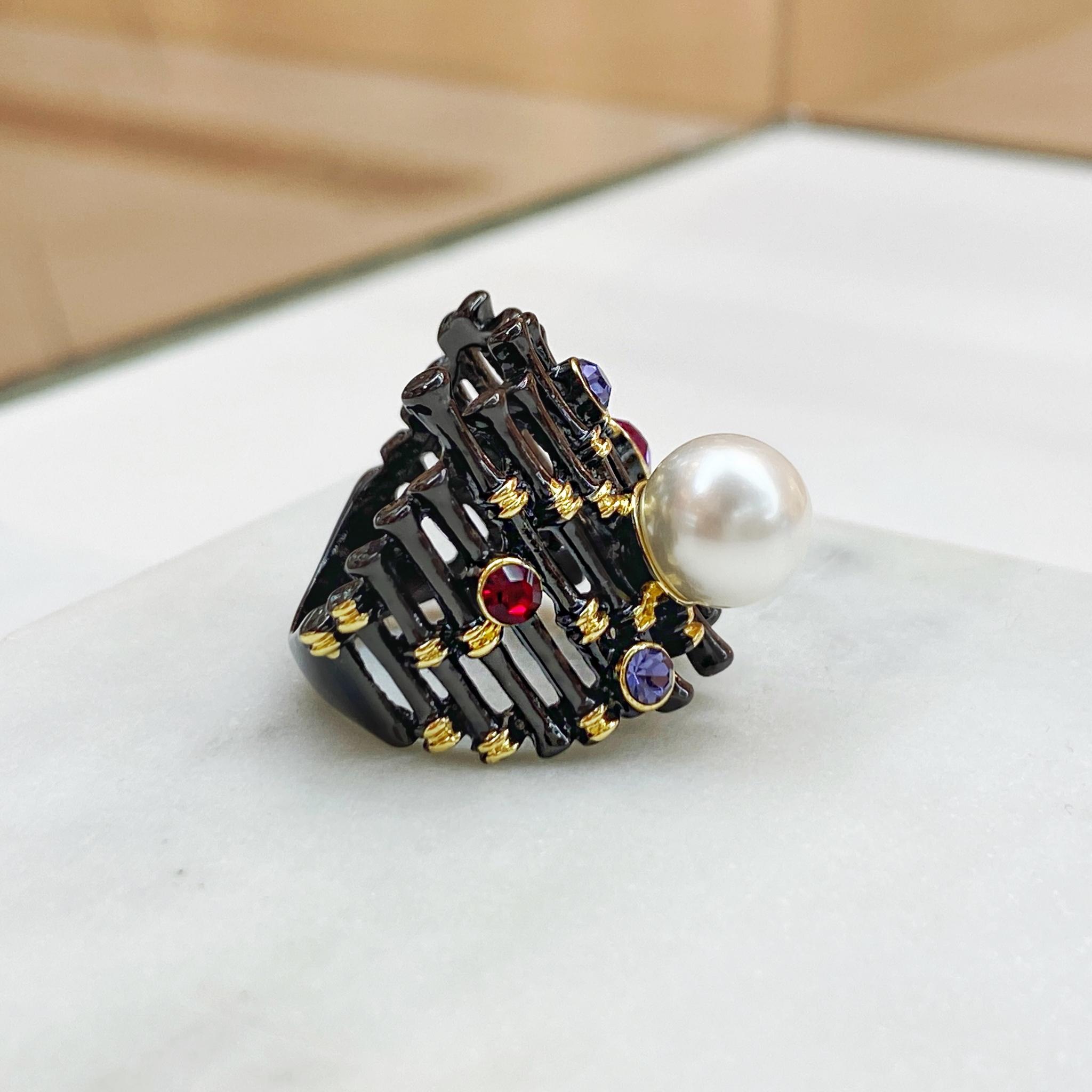 Кольцо Суматра фианиты, иск. жемчуг (черный)