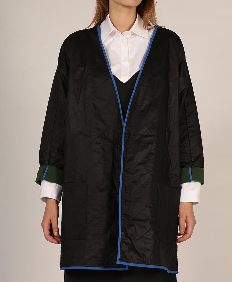 куртка-черная-спереди