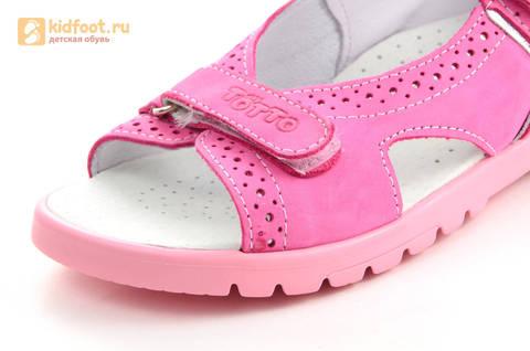 Босоножки для девочек из натуральной кожи с открытым носом на липучках Тотто, цвет розовый. Изображение 11 из 14.