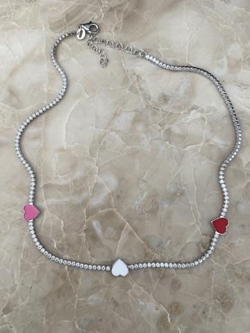 Колье Дева из серебра с розовой, белой и красной звездами из эмали