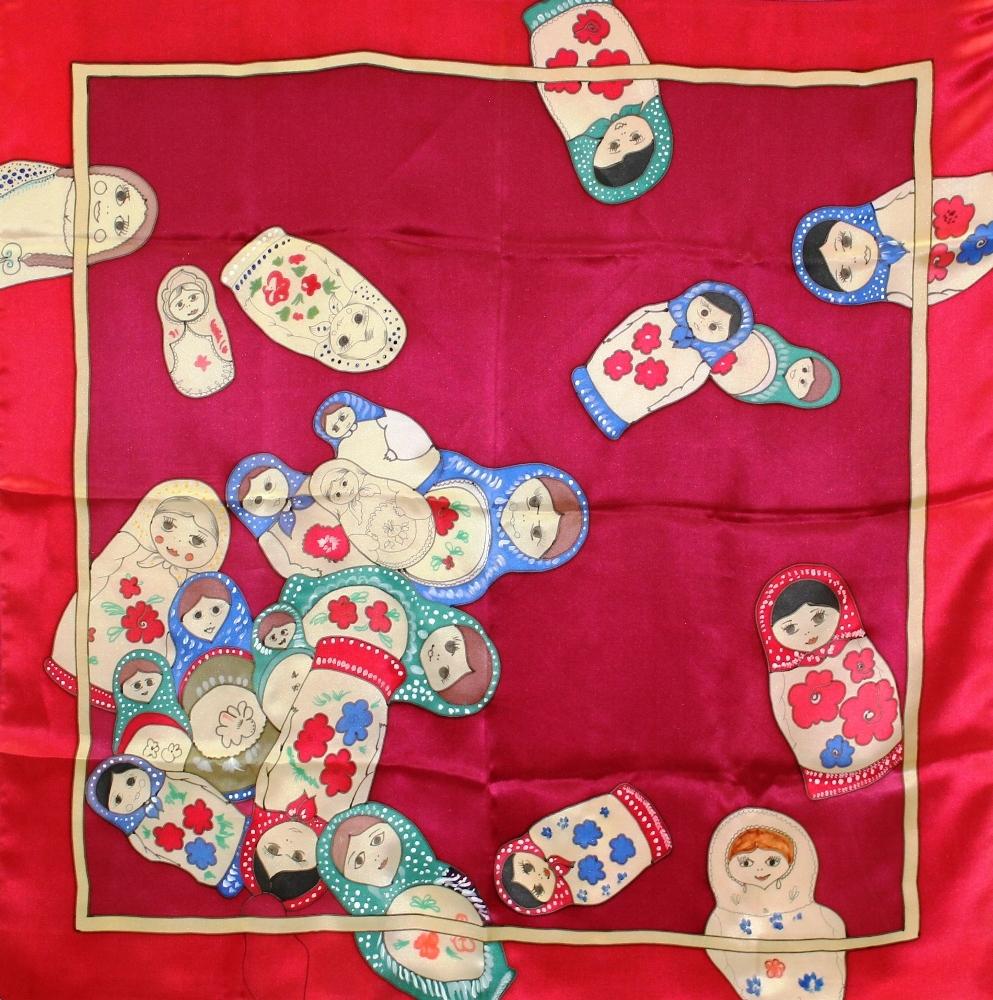 Шелковый платок батик Матрешки красный С-60